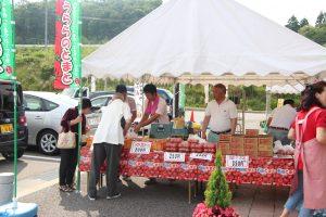 道の駅のトマト特設売り場